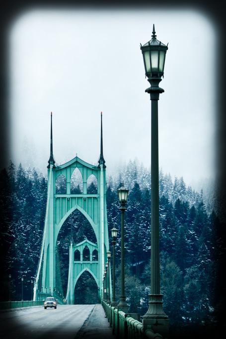 Lamppost-St._Johns-Bridge-Portland-Oregon-Deanna-Cantrell-10